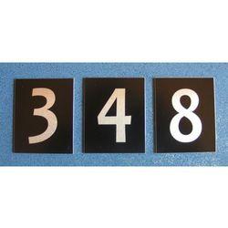Numery Grawerowane na Drzwi z aluminium czarne poj