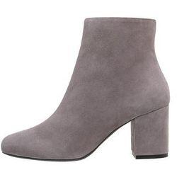 Zalando Iconics Ankle boot wood