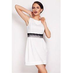 Prosta elegancka sukienka mini Solange z koronką ecru