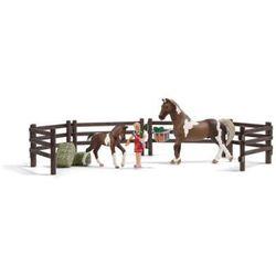 SCHLEICH Farm Life Playset - Karmienie koni 21049