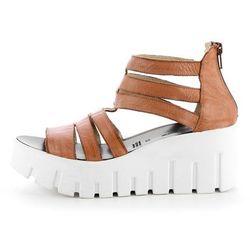 Skórzane brązowe sandały na koturnie