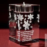 Płatki śniegu uwiecznione w szklanej statuetce. Dodaj swoją dedykację ZA DARMO!